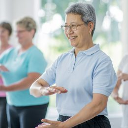 5 Tai Chi Moves to Improve Your Mood